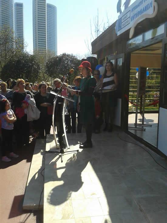 Türkiye'nin ilk İnteraktif Çocuk Kütüphanesi Açıldı