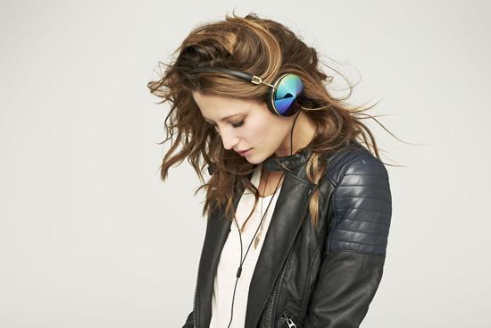 Moda ve Teknolojiyi Bir Araya Getiren Kulaklık Tasarımları, Beymen Blender'larda…