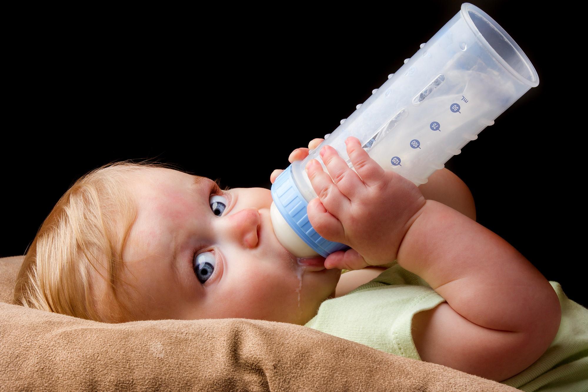 Bebeklerdeki uyku pozisyonunu dikkate alın